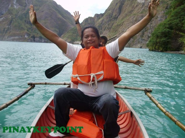 mtpinatubo-crater-boating17
