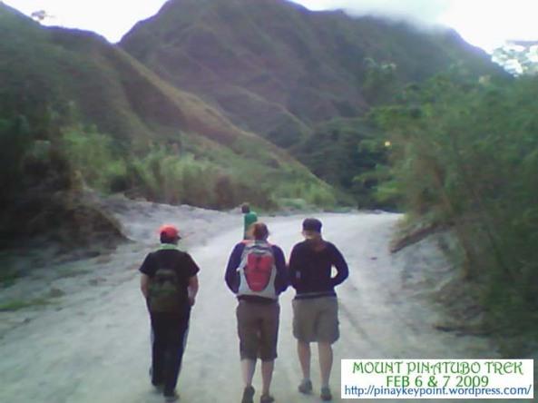 2pinatubo-trek-2-6-2009