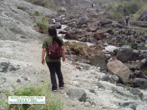 juliet-pinatubo-trek-2-7-20091